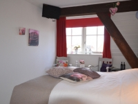 bed-and-breakfast-bloemenhoeve-kamer-roos-6